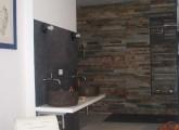 suite padronale, angolo doccia relax rivestito in ardesia