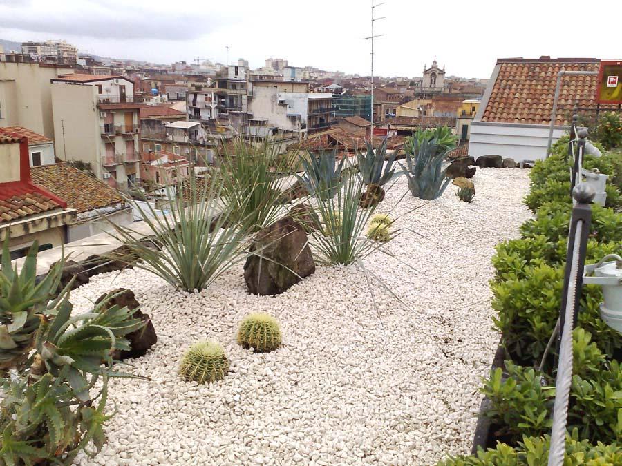 Arredo a verde terrazzo hotel risparmiare in soldi for Arredo giardino terrazzo